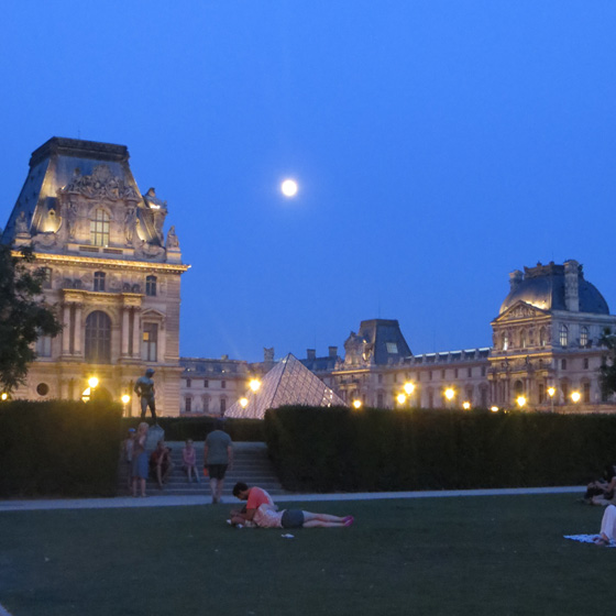 louvre two
